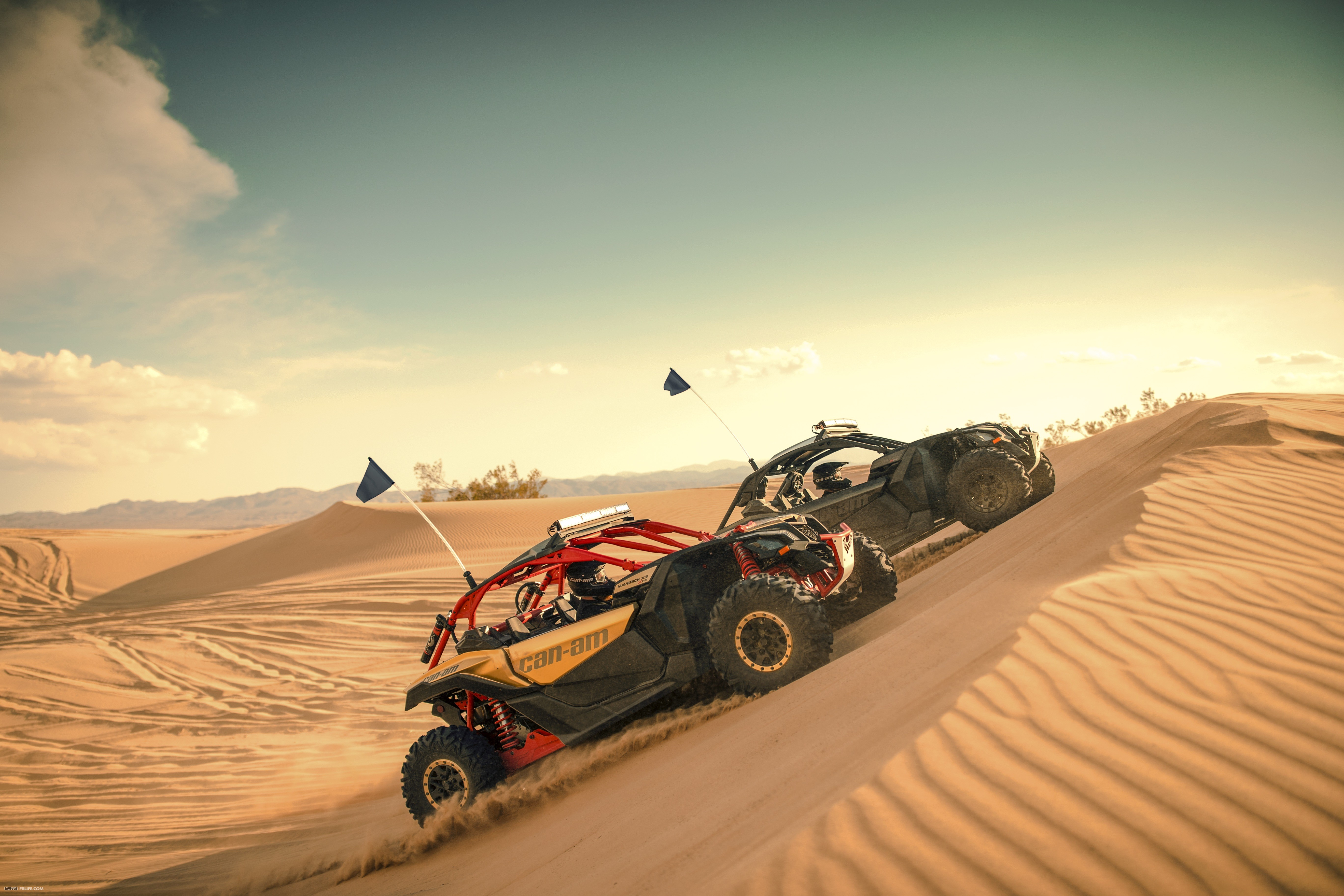 Maverick-X3-Xrs-TURBO-R-Gold-and-Can-Am-Red-Dunes-Group-Riding-2.jpg